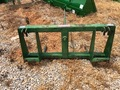 2000 B&D male master Hay Stacking Equipment
