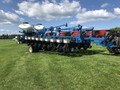 2010 Kinze 3800 ASD Planter