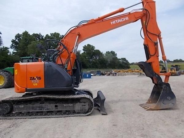 2012 Hitachi ZX135 Excavators and Mini Excavator
