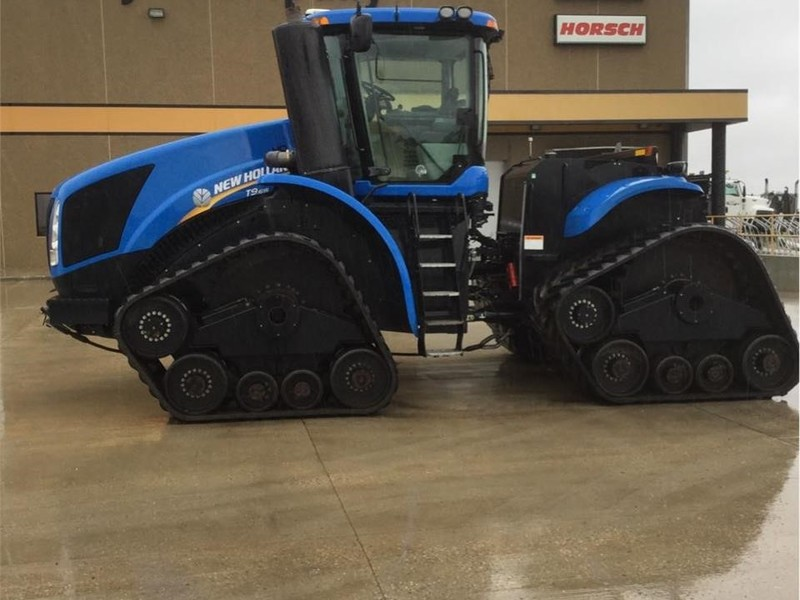 2011 New Holland T9.615 Tractor
