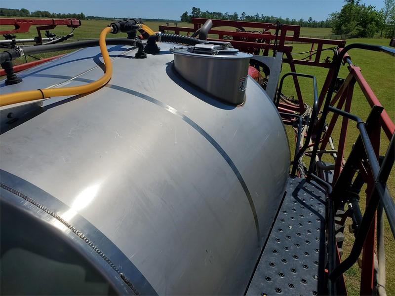 2013 Case IH Patriot 3330 Self-Propelled Sprayer