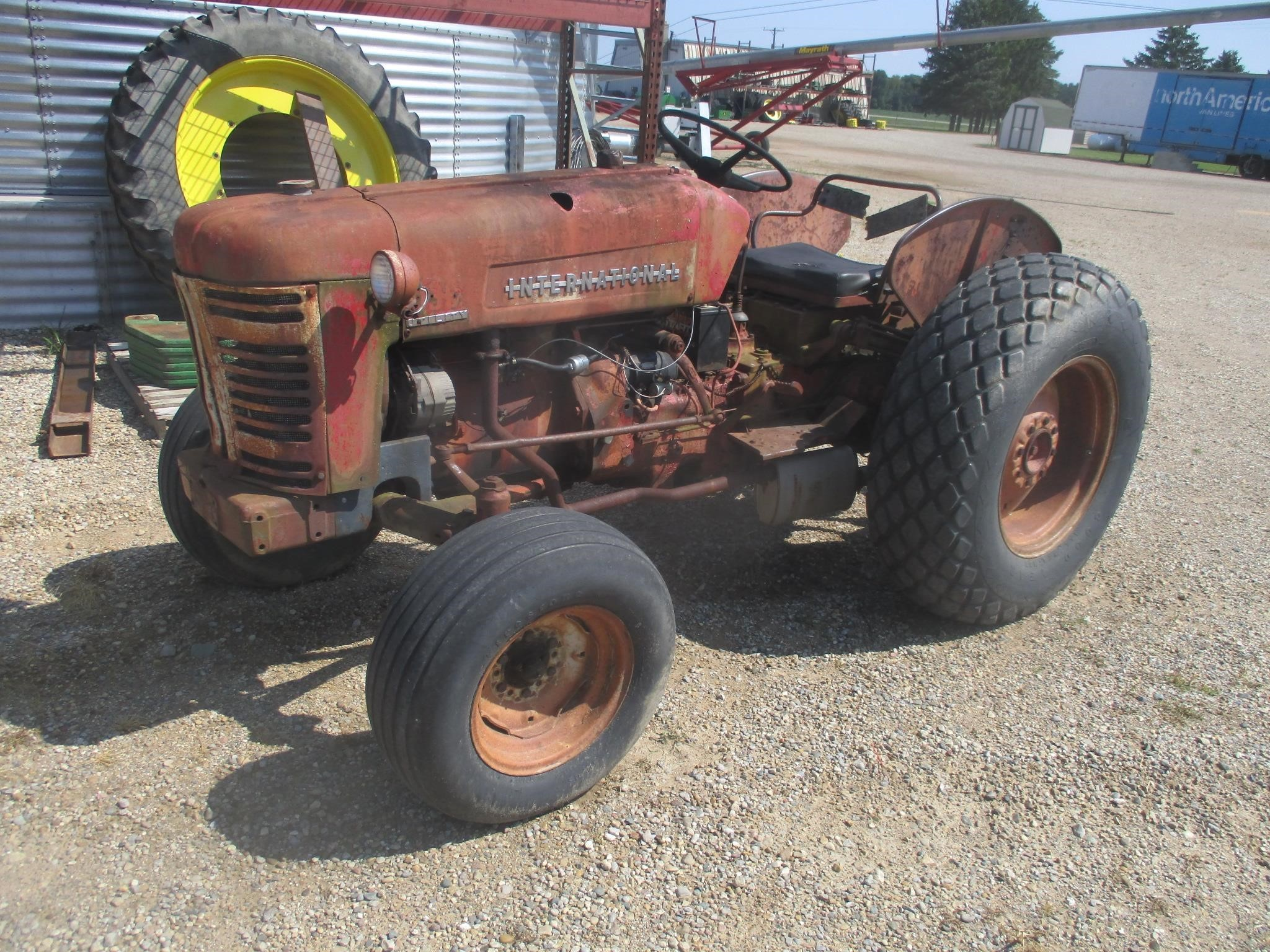 International Harvester 330 Disk