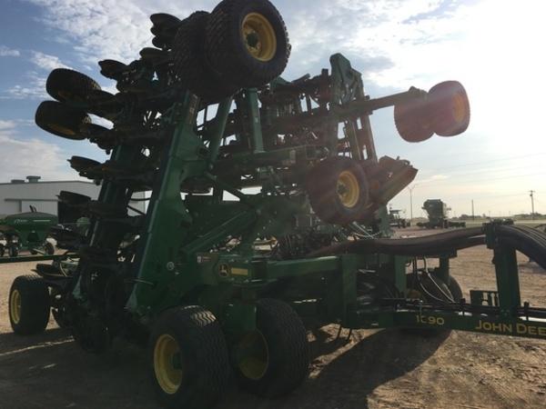 2018 John Deere 1890 Air Seeder