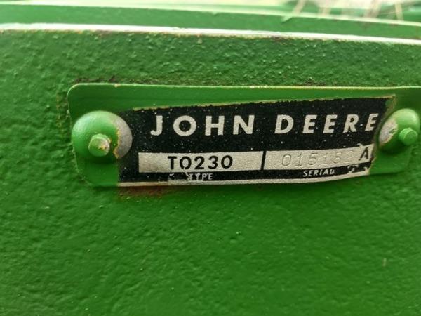 John Deere 230 Disk