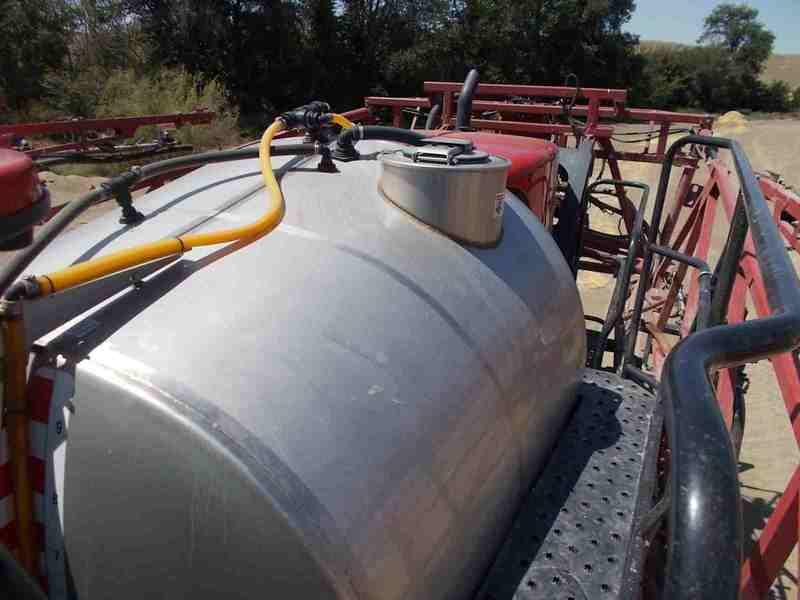 2016 Case IH Patriot 3340 Self-Propelled Sprayer