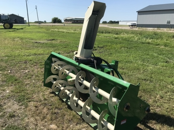 Used Buhler Farm King Snow Blowers for Sale | Machinery Pete