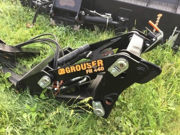 2017 Grouser AG240 Blade