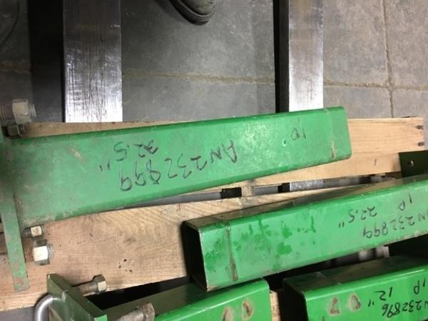 """John Deere AN232899 22.5"""" STUB BAR Miscellaneous"""