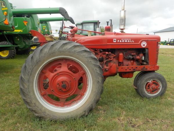 Farmall Super M Tractor