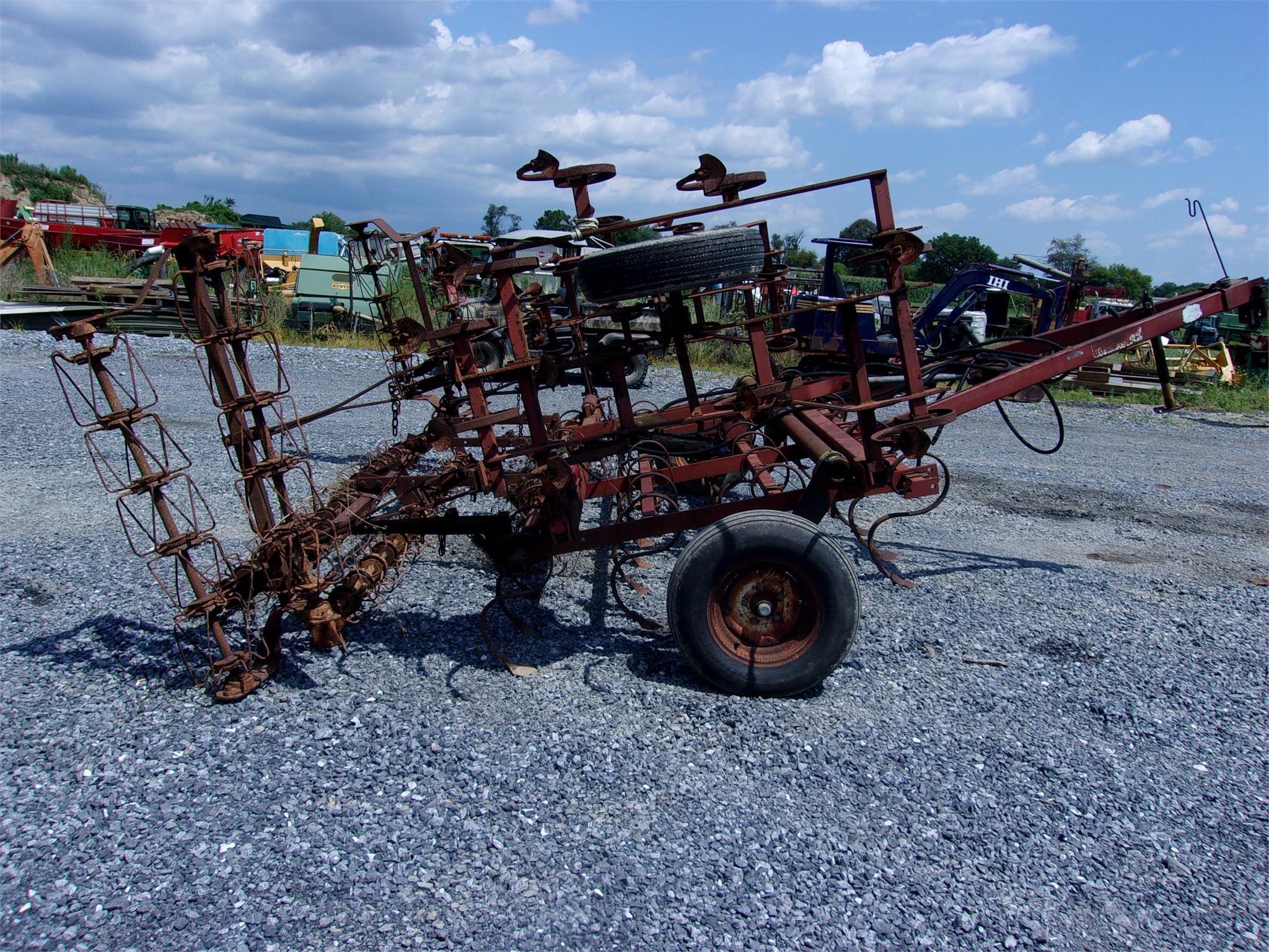 McKee PT12 Field Cultivator