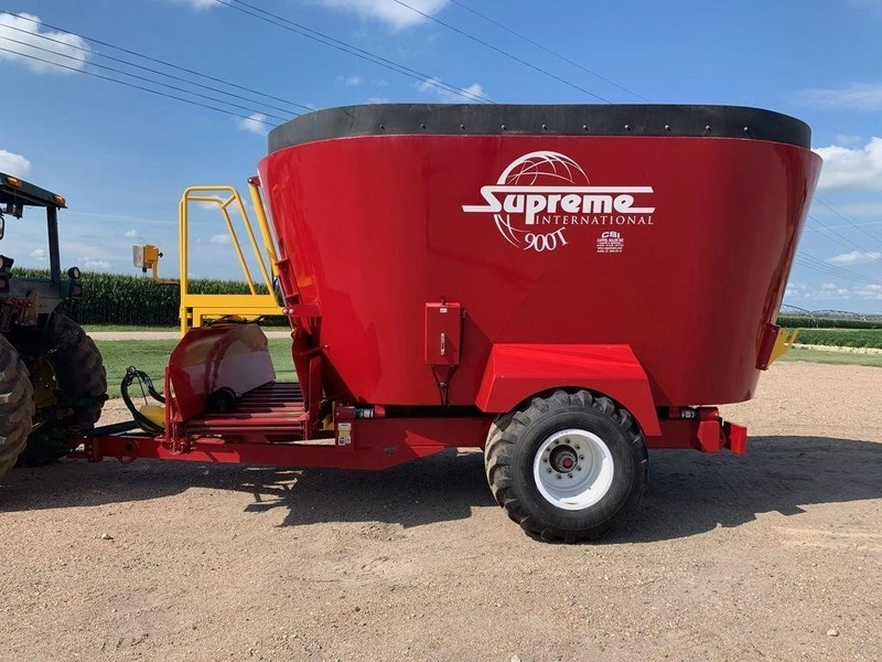 2016 Supreme International 900T Grinders and Mixer