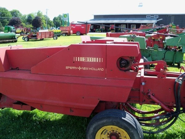 Used New Holland 311 Small Square Balers for Sale