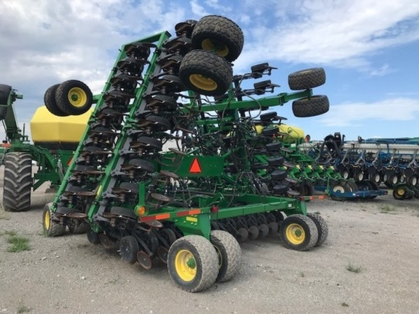 2015 John Deere 1890 Air Seeder