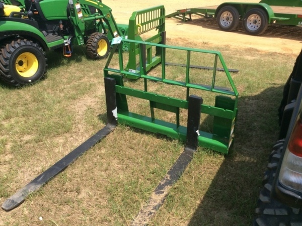 2018 Frontier AP12 Loader and Skid Steer Attachment