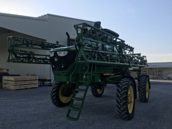 2017 John Deere R4023 Self-Propelled Sprayer