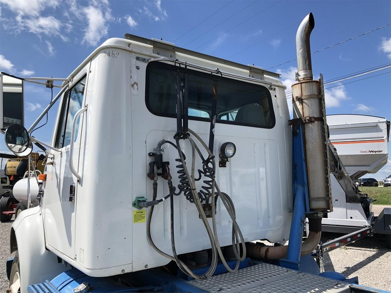 2003 International 8100 Semi Truck