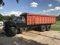 1976 GMC T6500 Grain Truck