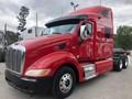 2010 Peterbilt 387 Semi Truck