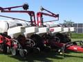 2011 White 8202 Planter