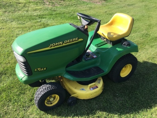 John Deere LT155 Lawn and Garden for Sale | Machinery Pete