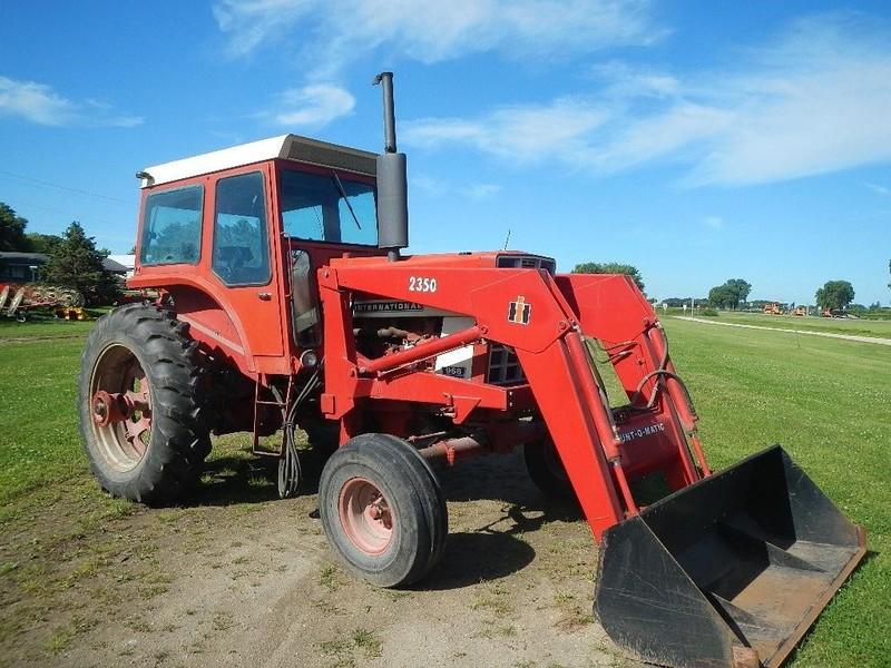 Used International Harvester 966 Tractors for Sale