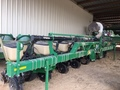 2013 Great Plains YP 825A TR Planter
