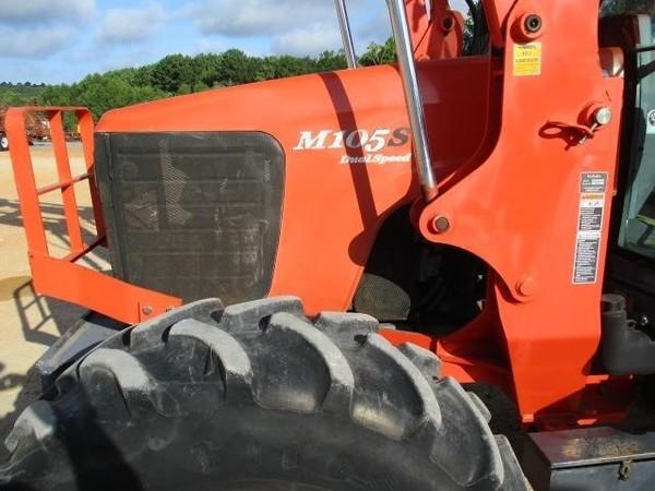 2004 Kubota M105SHDC Tractor