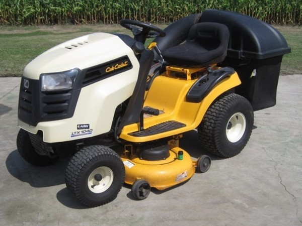 Used Cub Cadet LTX1040 Lawn and Garden for Sale | Machinery Pete