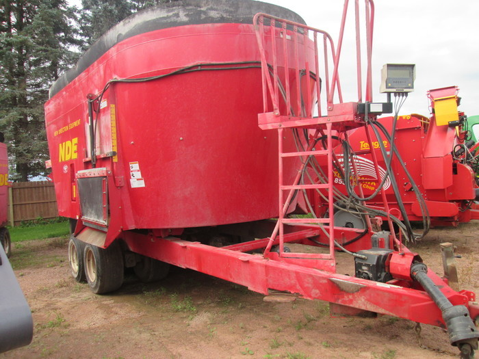 NDE 2804 Grinders and Mixer