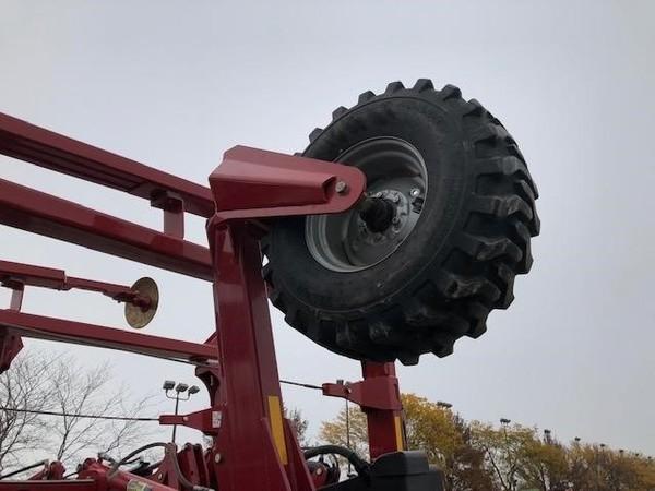 2015 Titan Machinery YieldTrac TM24R30 Planter