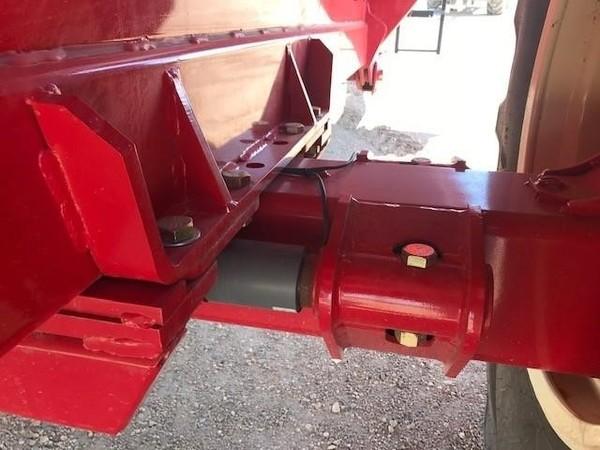 2018 Brent 1194 Grain Cart