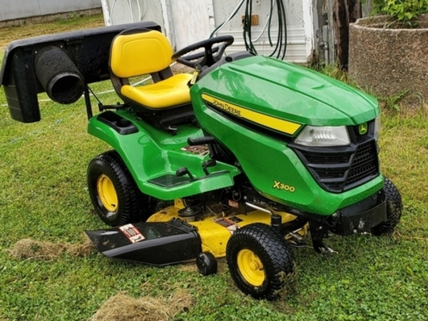 John Deere X300 Lawn And Garden For Sale Machinery Pete