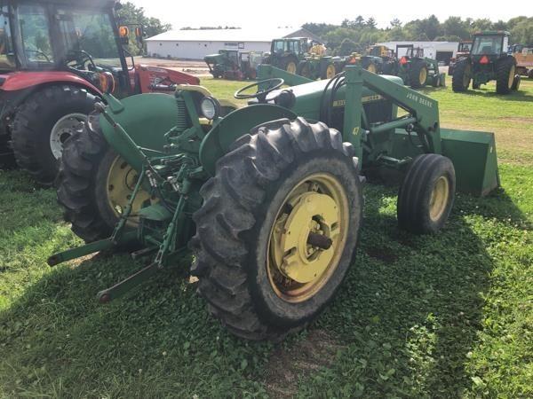 1971 John Deere 2020 Tractor