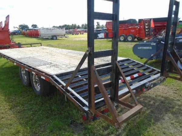 2012 PJ 22 FT Flatbed Trailer