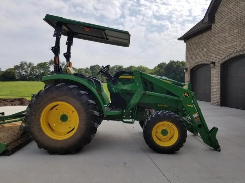 2015 John Deere 4052M Tractor