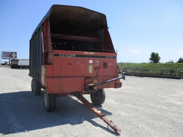 Gehl BU970 Forage Wagon
