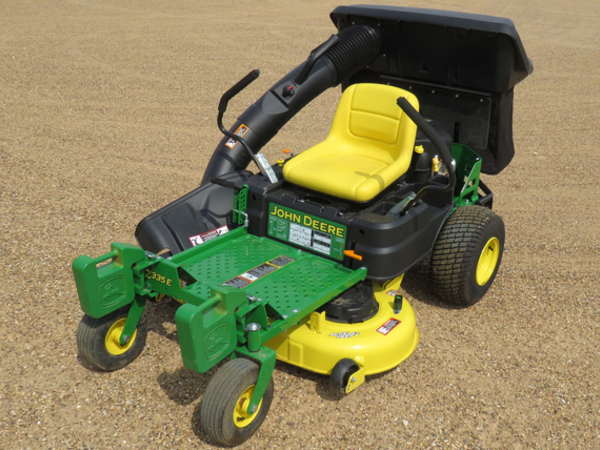 John Deere Z335E Lawn and Garden for Sale | Machinery Pete