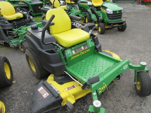 John Deere Z445 Lawn and Garden for Sale | Machinery Pete