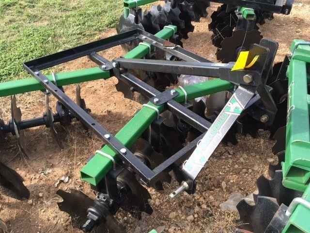 Armstrong Ag MD1618 Disk
