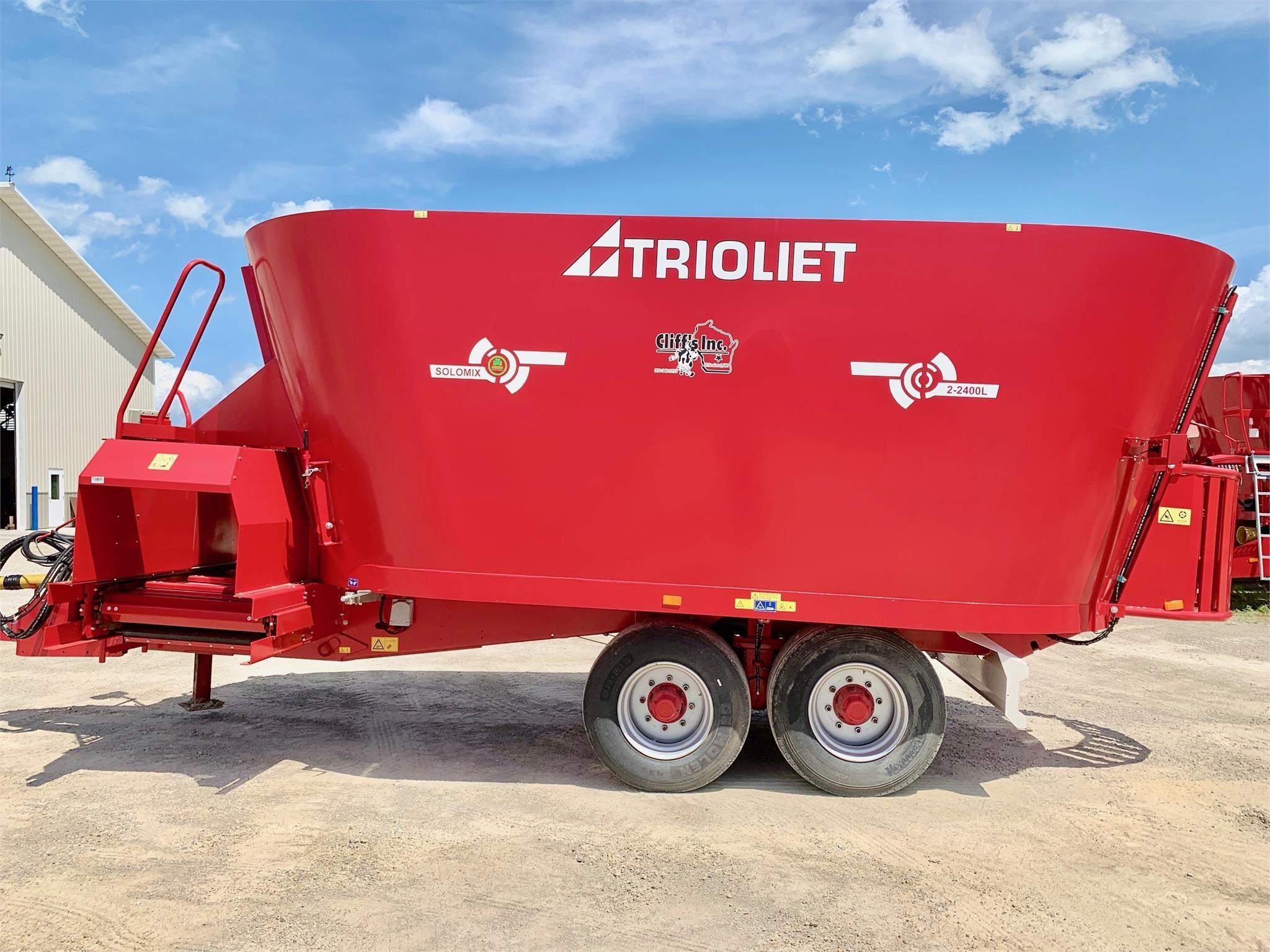 Trioliet Solomix 2-2400L VLX-K-T Grinders and Mixer