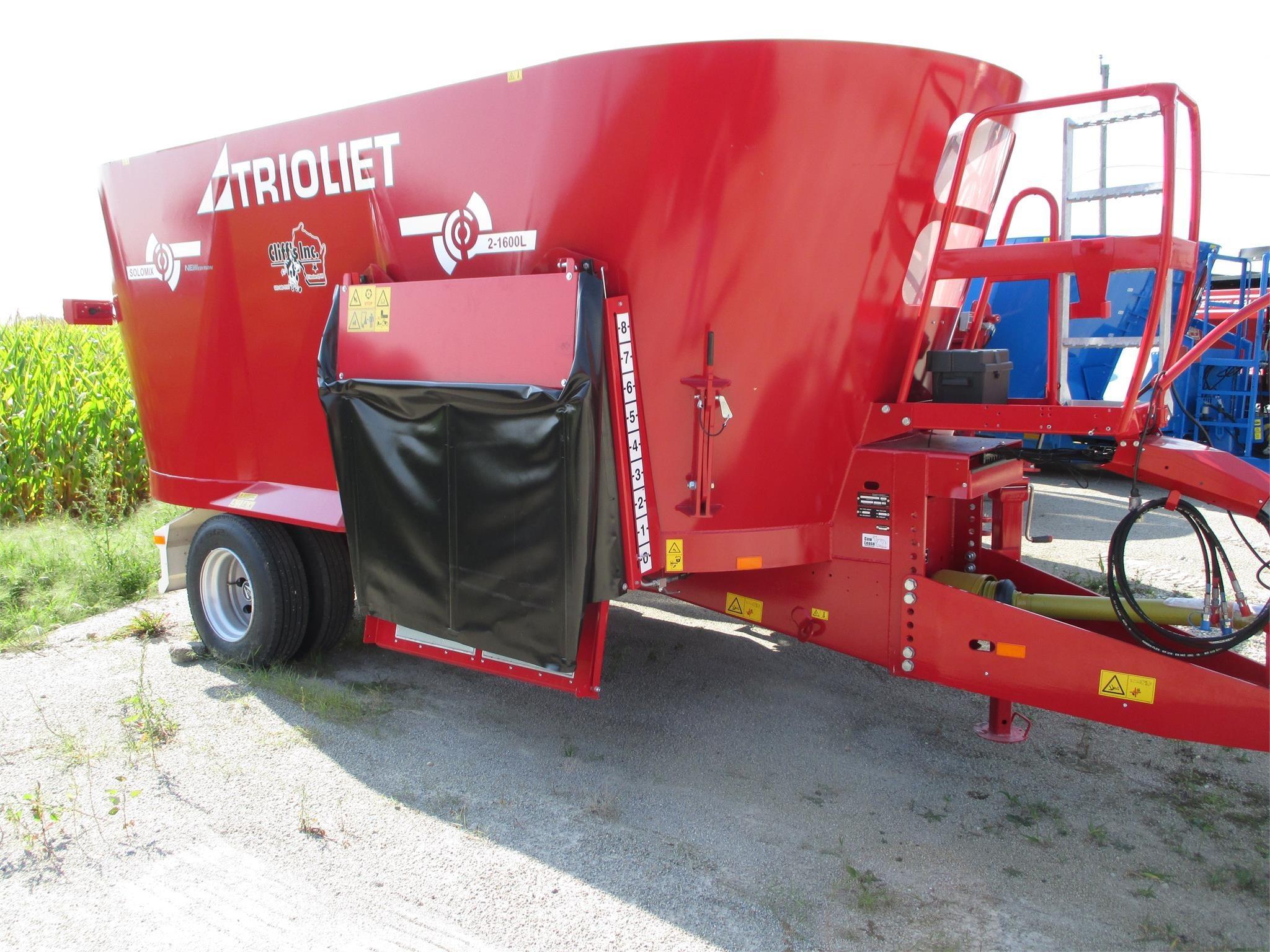 Trioliet Solomix 2-1600ZK Grinders and Mixer