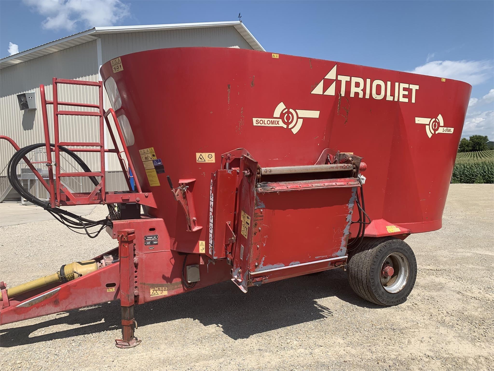 Trioliet Solomix 2-1500ZK Grinders and Mixer
