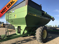 1995 Brent 620 Grain Cart