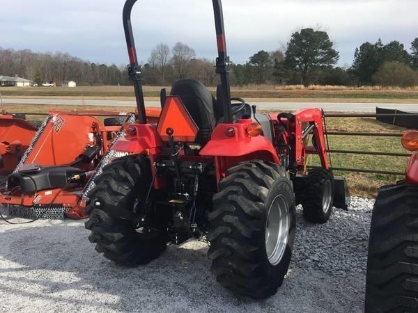 2019 Mahindra 1533 Tractor