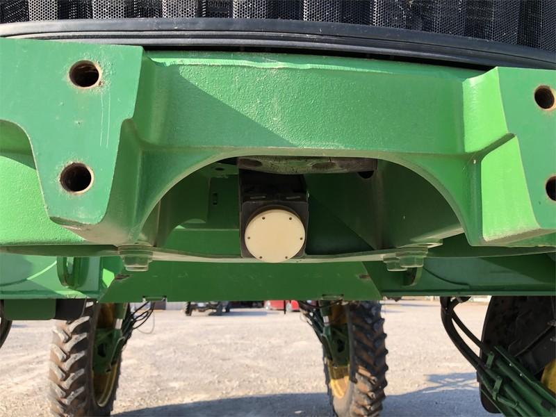 John Deere 4730 Self-Propelled Sprayer
