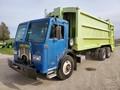 2000 Peterbilt 320 Semi Truck