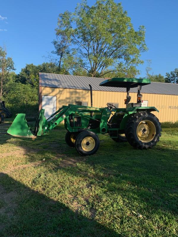 John Deere 5203 Tractor