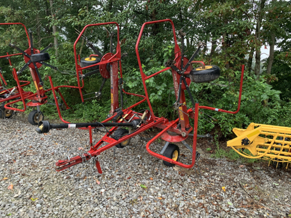 2014 New Holland Proted 3417 Tedder
