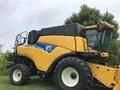 2012 New Holland CR9060 Combine