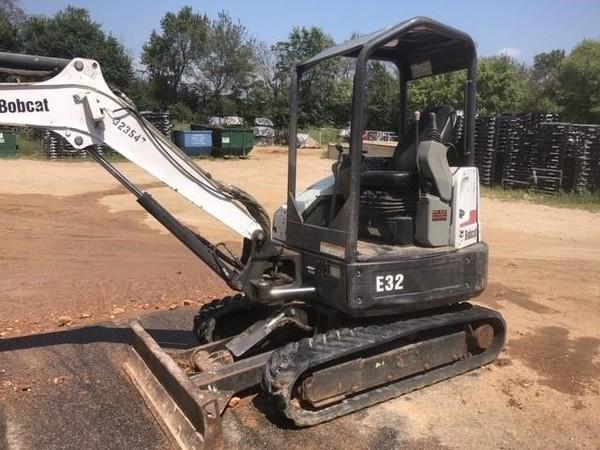 2011 Bobcat E32 Excavators and Mini Excavator
